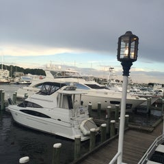 Photo taken at The Flying Bridge by Kristopher B. on 7/24/2015