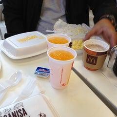 Photo taken at McDonald's by John Michael V. on 12/16/2012