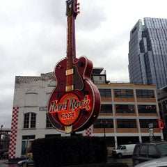 Photo taken at Hard Rock Cafe Nashville by Jessica R. on 3/5/2013