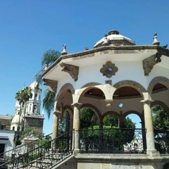 Photo taken at San Pedro Tlaquepaque by luis m. on 10/25/2011