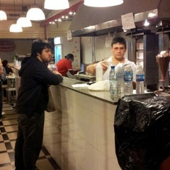 Photo taken at Dody Donner Kebab by Mariano F. on 10/5/2012