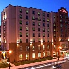 Photo taken at Hilton Garden Inn by Gary W. on 6/21/2013