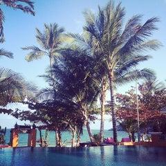 Photo taken at Pariya Resort & Villas Haad Yuan Koh Phangan by Anna M. on 5/10/2014