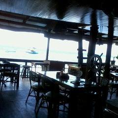 Photo taken at Capt'n Gregg's Dive Resort by Stefan R. S. on 3/31/2013