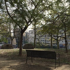 Photo taken at Tom Hansen's Bench (500 Days of Summer) by HJ K. on 1/9/2015