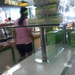 Photo taken at Majestyk Bakery & Cake Shop by zauza s. on 12/23/2012
