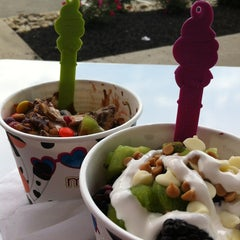 Photo taken at Menchies by Jen C. on 7/7/2013