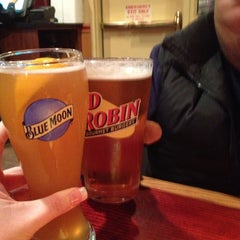 Photo taken at Red Robin Gourmet Burgers by Tiffany T. on 12/29/2012