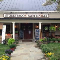Photo taken at Stoneybrook Farm Market by Veena S. on 9/1/2013