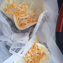Photo taken at Taco Bell by Heather C. on 1/20/2014