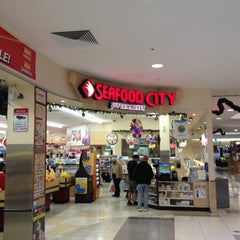 Photo taken at Seafood City Super Market by Jun G. on 11/18/2012