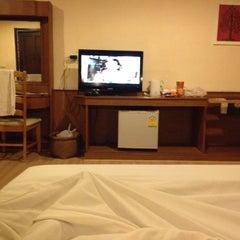Photo taken at Southern Lanta Resort Koh Lanta by Krisdaporn M. on 5/8/2014