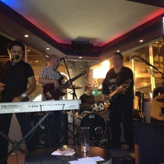 Photo taken at Vertice Bar by Clo B. on 8/10/2013