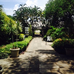 Photo taken at Devon House by Camille A. on 7/12/2015