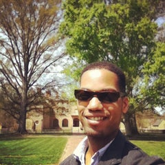 Photo taken at Wren Building and Courtyard by Eddie G. on 4/20/2014