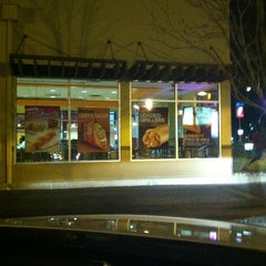 Photo taken at Taco Bell by David T. on 12/28/2012