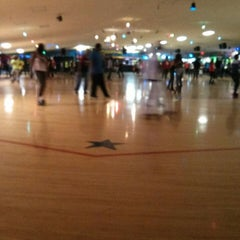 Photo taken at Sparkles Family Fun Center by Dion M. on 2/16/2013