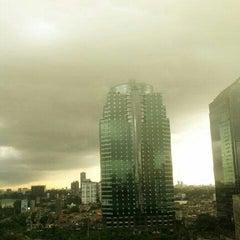 Photo taken at Plaza Semanggi Sky Dining by Fahmi Z. on 12/23/2012