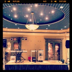 Photo taken at Hotel Palafox by pabloabloblo . on 5/11/2013