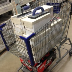 Photo taken at Lowe's Home Improvement by Andrew K. on 5/18/2013