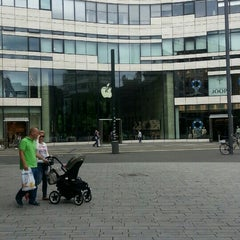 Photo taken at Düsseldorf by 🍀Feyza🍀 on 6/15/2015