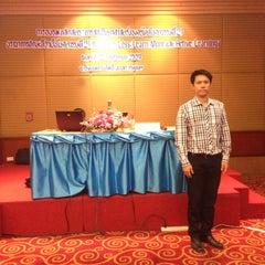Photo taken at โรงแรมกานต์มณี พาเลซ (Karnmanee Palace) by Note T. on 11/22/2014