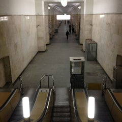Photo taken at metro Avtozavodskaya by Дмитрий И. on 2/27/2013