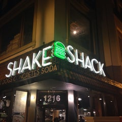 Photo taken at Shake Shack by Chad T. on 11/15/2013