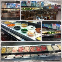 Photo taken at Oceanview Buffet Hot Pot by Edna L. on 6/20/2013