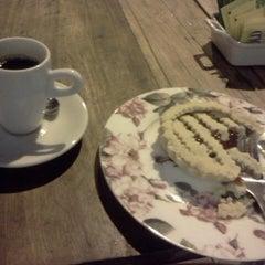 Photo taken at Café Pasta Pizza by Danilo G. on 10/22/2012
