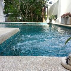 Photo taken at Palm Grove Resort Pattaya by Natthira A. on 9/15/2013