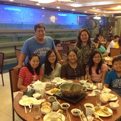 Photo taken at Golden Fortune Seafood Restaurant by Cynthia R. on 1/2/2015