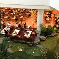 Photo taken at The Mall Nakhon Ratchasima (เดอะมอลล์นครราชสีมา) by Ratthachart K. on 12/29/2012