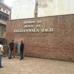 Photo taken at Jallianwala Bagh | जलियांवाला बाग by Shyam S. on 2/3/2013