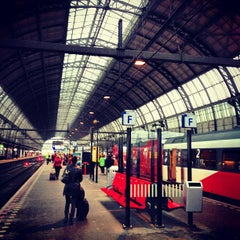 Photo taken at Station Amsterdam Centraal by Serbülent P. on 4/11/2013