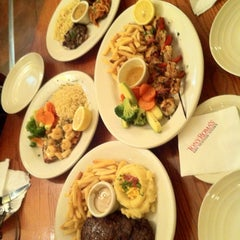 Photo taken at Tony Roma's توني روماس by Dee A. on 12/12/2012
