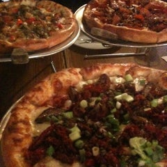 Photo taken at Applewood Pizza by Miwa on 10/27/2012