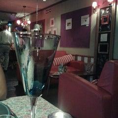 Photo taken at VeintiCinco Restaurant by Pablo D. on 1/30/2013