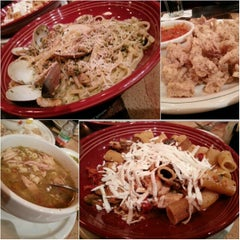 Photo taken at Carrabba's Italian Grill by Shorty L. on 3/27/2013