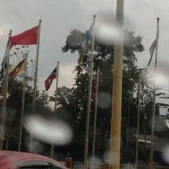 Photo taken at Kompleks Belia & Sukan Paroi by mila m. on 1/10/2013