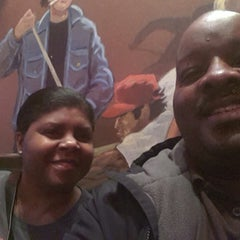 Photo taken at Logan's Roadhouse by Quincy O. on 2/26/2013