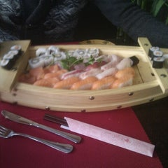 Photo taken at Sushi 189 by Frank N. on 1/27/2013