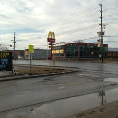 Photo taken at McDonald's by Dwight H. on 1/30/2013