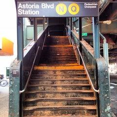 Photo taken at MTA Subway - Astoria Blvd/Hoyt Ave (N/Q) by Amanda on 3/15/2013