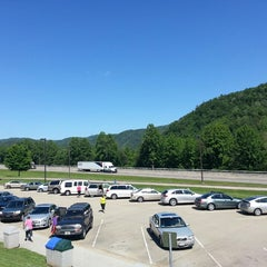 Photo taken at Tennessee Welcome Center — I-40 WB by Mose M. on 5/24/2013