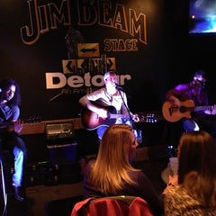 Photo taken at Detour An American Grille by RUSS on 2/17/2013