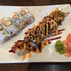 Photo taken at Umi Japanese Steak House & Sushi Bar by Lorie P. on 7/12/2014