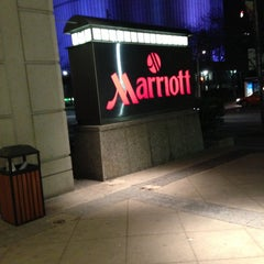 Photo taken at Toronto Marriott Downtown Eaton Centre Hotel by Daniel J. on 4/27/2013