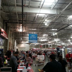 Photo taken at Costco by Frank H. on 5/19/2013