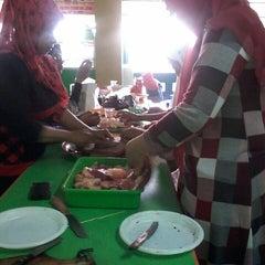 Photo taken at SMA Muhammadiyah 2 Surabaya by Syahida Azmi R. on 10/17/2013